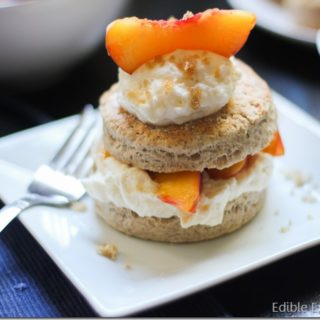 Brown Sugar and Cinnamon Peach Short Cakes with Cinnamon Mascarpone Whipped Cream
